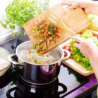 5 Trik Ini Bisa Menyelamatkan Masakan yang Keasinan