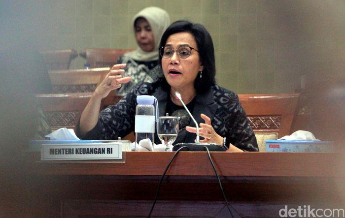 Menteri Keuangan Sri Mulyani Indrawati mengusulkan iuran BPJS Kesehatan yang baru sebesar Rp 160.000 per bulan per jiwa untuk kelas 1. Angka itu lebih besar dibandingkan usulan Dewan Jaminan Sosial Nasional (DJSN).