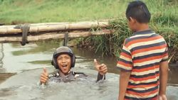 Pak Bhabin Sosialisasikan Program Polri Melalui Film Pendek Lucu