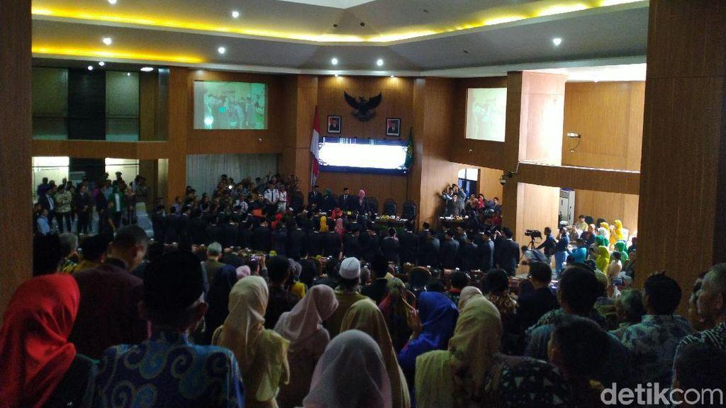 55 Anggota DPRD Kabupaten Bogor 2019-2024 Dilantik