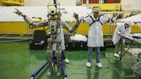 Ditumpangi Robot, Kapsul Antariksa Rusia Merapat ke ISS