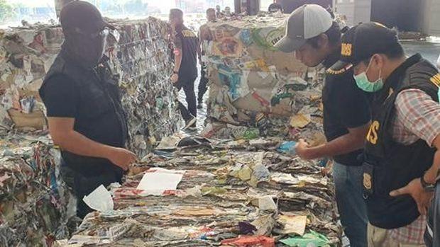 Jokowi: RI Tak Sendiri Dapat Limpahan Sampah & Limbah