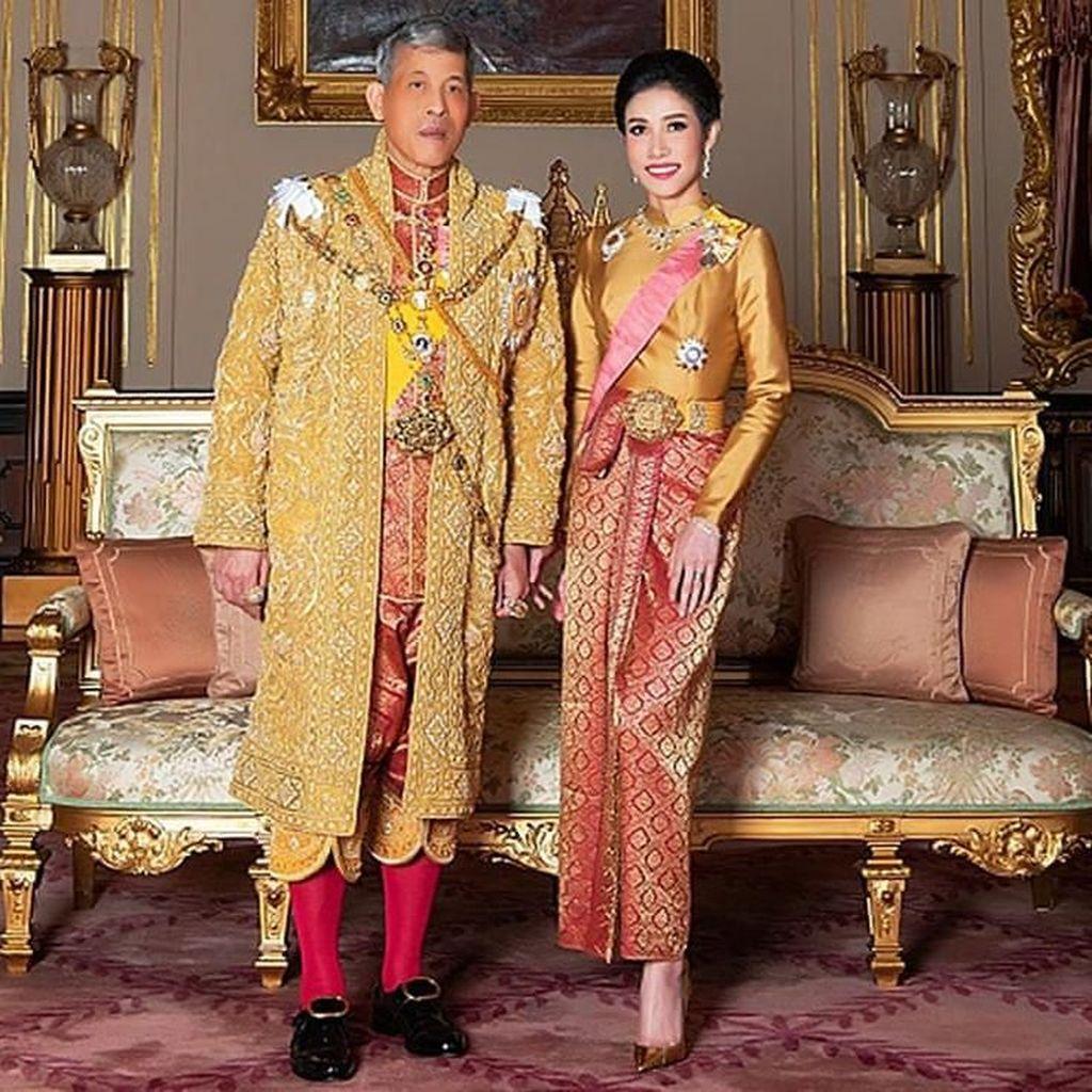 Raja Thailand Pecat 6 Pejabat Senior Istana Usai Cabut Gelar Selirnya