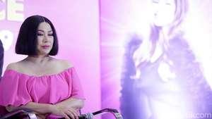 Titi DJ Ngejreng di JFW 2014