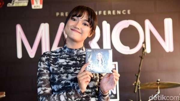 Curhat Perjuangan Marion Jola hingga Lahirkan Album Perdana