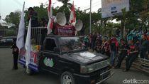 Buruh Demo di Kantor Bupati Bogor, Tolak Revisi UU Ketenagakerjaan