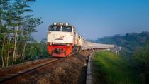 Imbas Corona, PT KAI Daop II Bandung Pangkas Jarak 4 Perjalanan Kereta