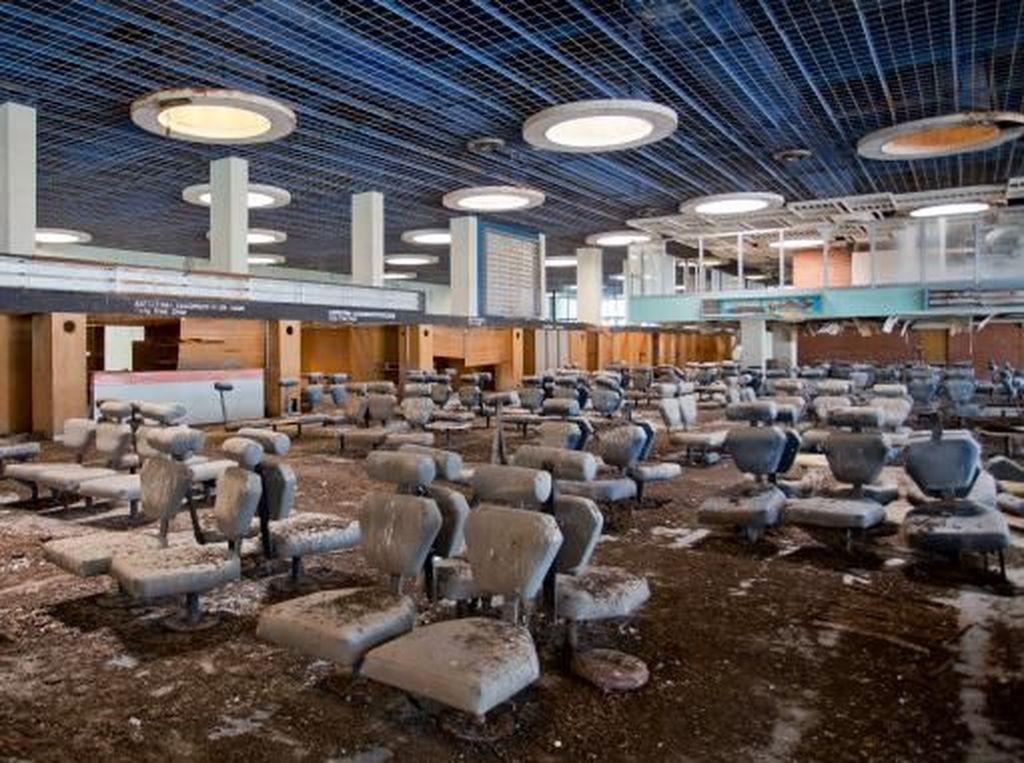 Bandara Terbengkalai Terseram di Dunia
