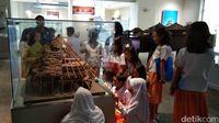 Para wisatawan di museum (Tasya/detikcom)