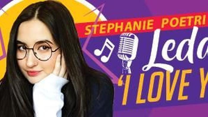 Membahas tentang Stephanie Poetri yang viral dengan lagu I Love You 3000 nya