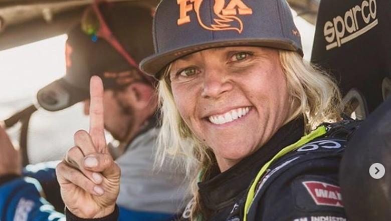 Jessi Combs, presenter dan pembalap wanita yang tewas saat mencoba pecahkan rekor dunia.