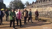 Raja Malaysia Kagumi Candi Borobudur yang Dibangun Tanpa Alat Modern