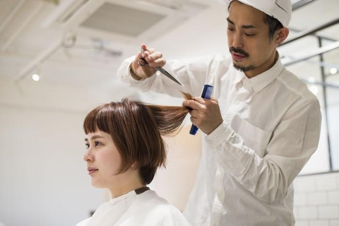Ilustrasi potong rambut. Foto: Dok. iStock