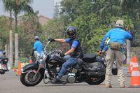 Mengintip Anak Moge Dilatih Safety Riding oleh Polisi