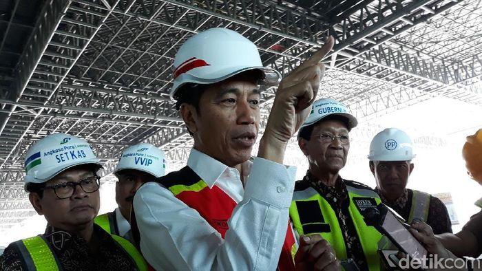 Presiden Jokowi di Bandara Kulon Progo/Foto: Pradito Rida Pertana