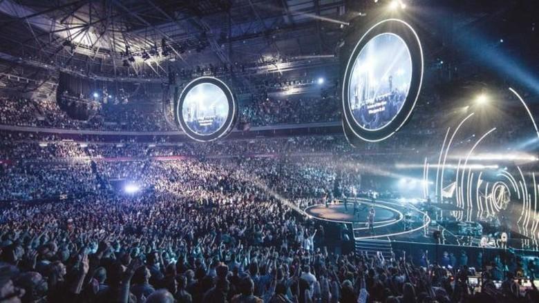 Hillsong dan Gereja Pantekosta di Australia Menarik Lebih Banyak Anak Muda