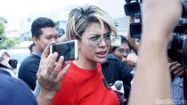Dituding Sebagai Informan Polisi, Nikita Mirzani Laporkan Elza Syarief