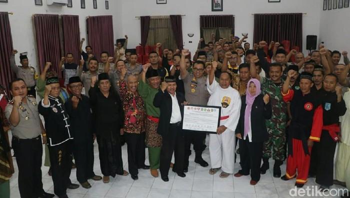 Deklarasi damai dan rapat koordinasi pengamanan malam satu Suro (Foto: Andhika Dwi Saputra)