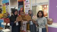 Bangkit dari Gempa Lombok, Wanita Ini Sukses Jualan Tas Rotan