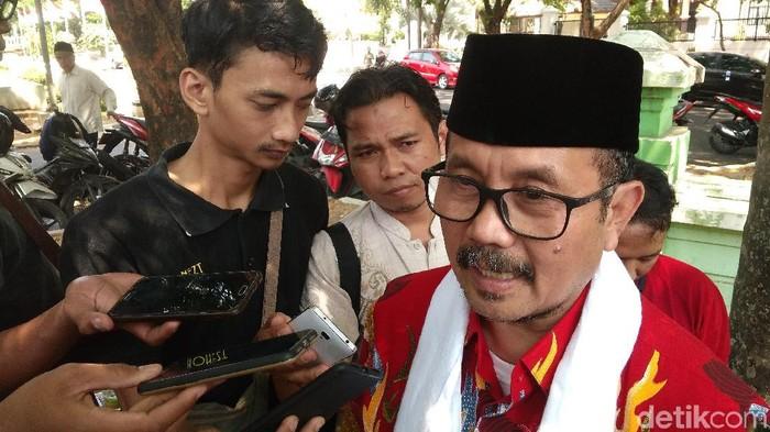 Bupati Cirebon Imron Rosyadi.