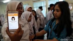 Memeriksakan kesehatan secara berkala baik untuk dilakukan. Puskesmas Kecamatan Gambir punya cara menarik agar skrining jadi lebih praktis untuk anak muda.