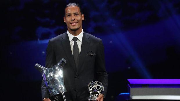 Virgil van Dijk raih penghargaan Pemain Terbaik Eropa 2019.