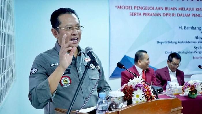Bamsoet saat menjadi Keynote Speaker dalam Seminar Nasional dengan tema Peranan DPR RI dalam Pengawasan Pelaksanaan Pendidikan Tinggi di Indonesia, di Jakarta, Sabtu (31/8/2019). Foto: DOK. Istimewa