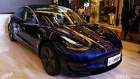 BBnKB Gratis, Harga Tesla Turun Ratusan Juta Rupiah