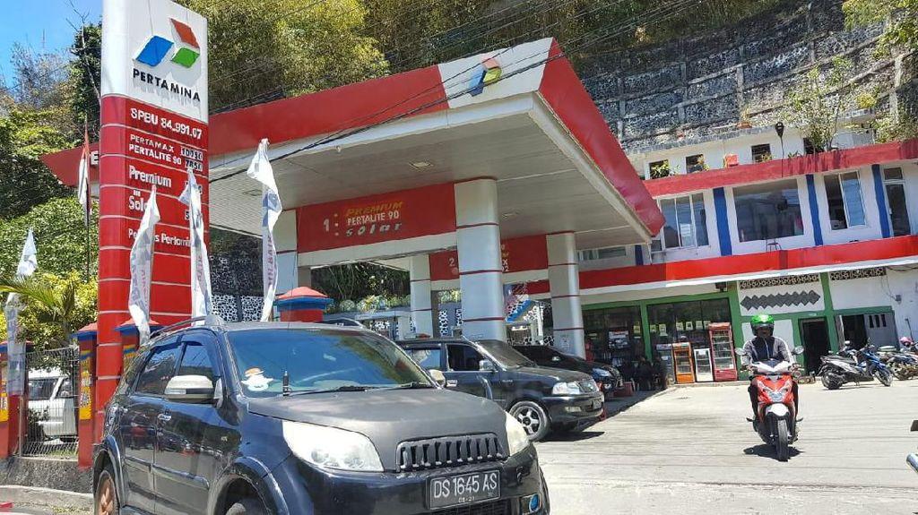 SPBU di Jayapura Beroperasi, Penyaluran BBM Dikawal TNI