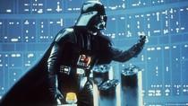 Helm Darth Vader dan Kacamata Harry Potter Dilelang September Mendatang