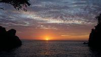 Nikmati Sensasi Spa dengan Panorama Laut Lepas di Pantai Timbako