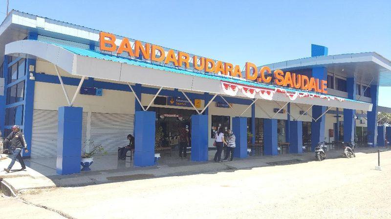 Foto: Ini adalah bandara yang berada di Pulau Rote, Nusa Tenggara Timur. Namanya Bandar Udara DC Saudale Rote. (Syanti/detikcom)