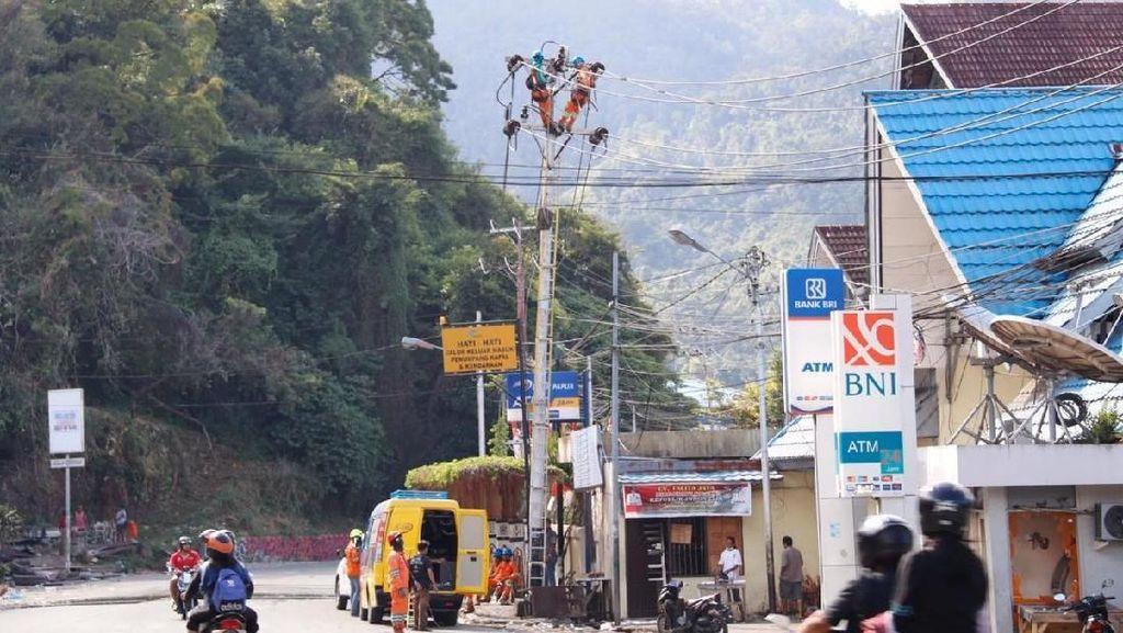 Menengok Perjuangan Perbaiki Listrik Usai Rusuh di Jayapura