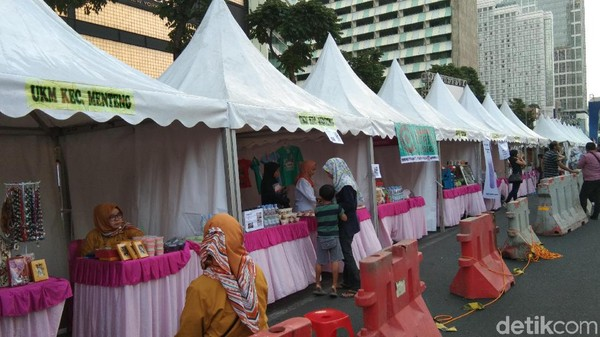 Area booth yang menjual makanan halal dinamakan Halal Food Festival. Mulai dari jajanan hingga makanan khas Jakarta ada di sana. (Tasya Khairally/detikcom)