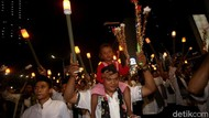 Warga Bintara Bekasi Sempat Pawai Obor Meski Dilarang, Anak-anak Juga Ikut