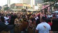 Masyarakat Papua Ajak Warga Menari Bersama di CFD Jakarta
