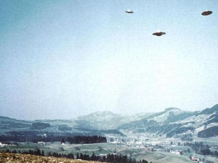Angkatan Laut AS Diam-diam Simpan Video Penampakan UFO Foto: Istimewa