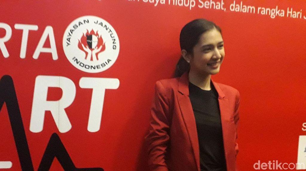 Bisa Ditiru Nih, Tips Mikha Tambayong Menghindari Masalah Asam Lambung