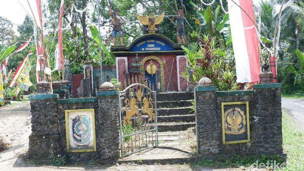 Rowo Bayu yang Mirip Desa Penari, Tempat Perang Puputan