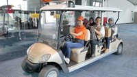 AP II saat ini mengoperasikan sebanyak 62 boogie car bertenaga listrik sebagai layanan transportasi di dalam terminal penumpang pesawat. Penumpang dapat menggunakan layanan ini secara gratis untuk menuju boarding lounge di terminal.