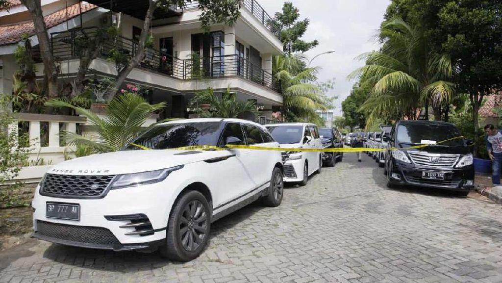 Penampakan Range Rover Bandar Sabu Adam yang Beraset Rp 28 Miliar