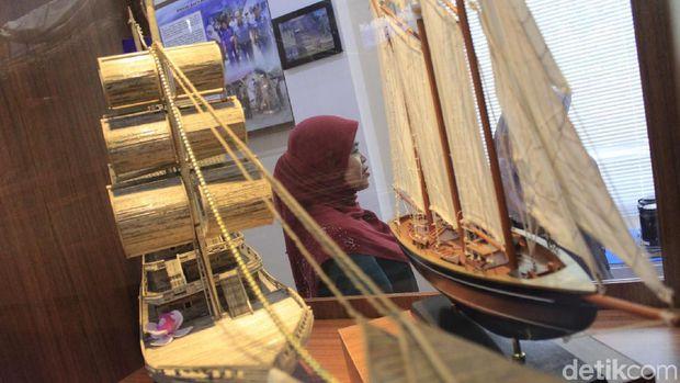 Yang Unik Di Bandung, Ada Kapal di Tengah Desa