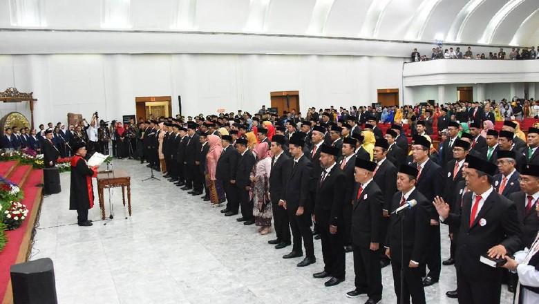 Gaji Fantastis hingga Fasilitas Kredit Rp 1 M untuk Wakil Rakyat di Jabar