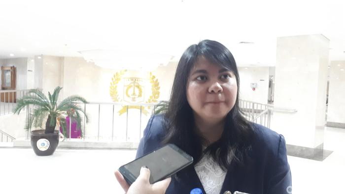 Ima Mahdiah Singgung Anies Soal Keadilan dan Retribusi PKL di Trotoar