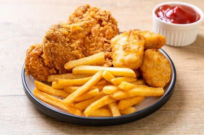 Suka Masakan yang Digoreng? Ini 5 Tips Selamat dari Kolesterol