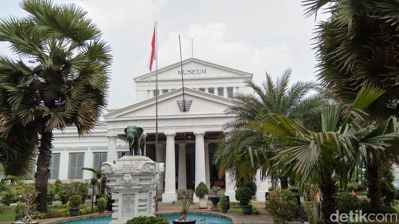 Museum Nasional Jalan Medan Merdeka Barat No 12, Gambir, Kecamatan Gambir, Kota Jakarta Pusat. Prasasti tertua di Indonesia ada di sini. (Tasya/detikcom)