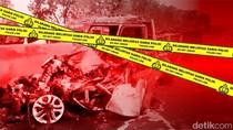 Pengendara Mengantuk, Dua Mobil Terlibat Laka Adu Banteng di Jakbar