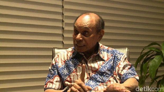 Lasdya (Purn) Freddy Numberi, tokoh senior Papua