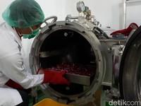 Harga Anjlok, Bawang Merah Dijadikan  Bumbu Pasta