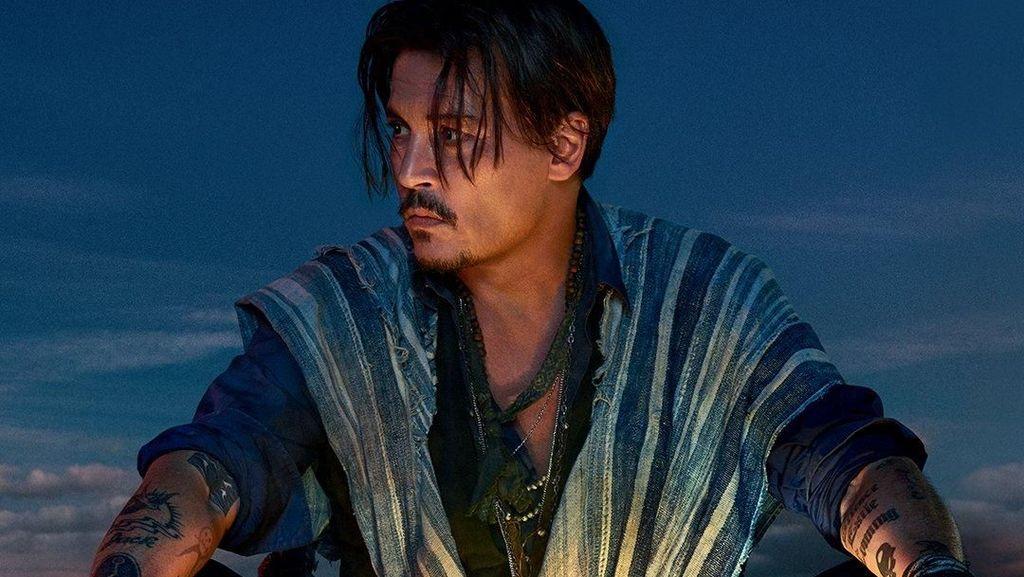 Johnny Depp Tampil Lagi di Iklan Parfum Dior, Netizen Meradang